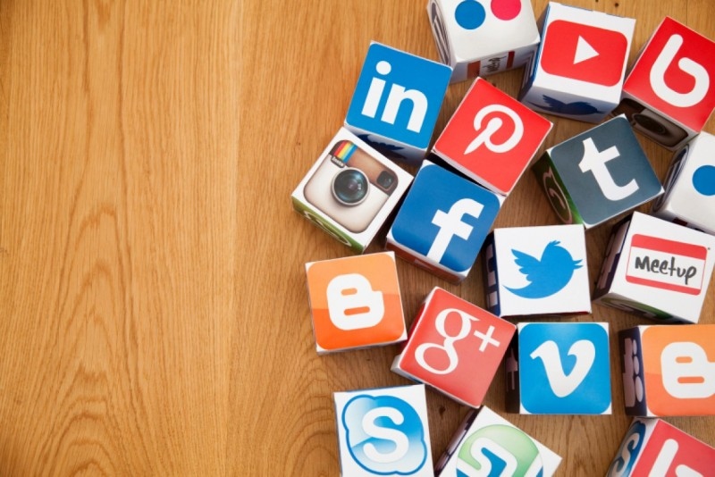 Steps To Communicate With A Journalist Over Any Social Media Platform!